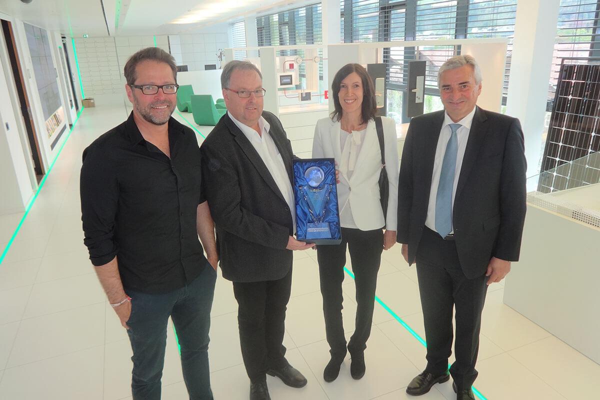 Auszeichnung für 25 Jahre ISO 9001-Zertifizierung