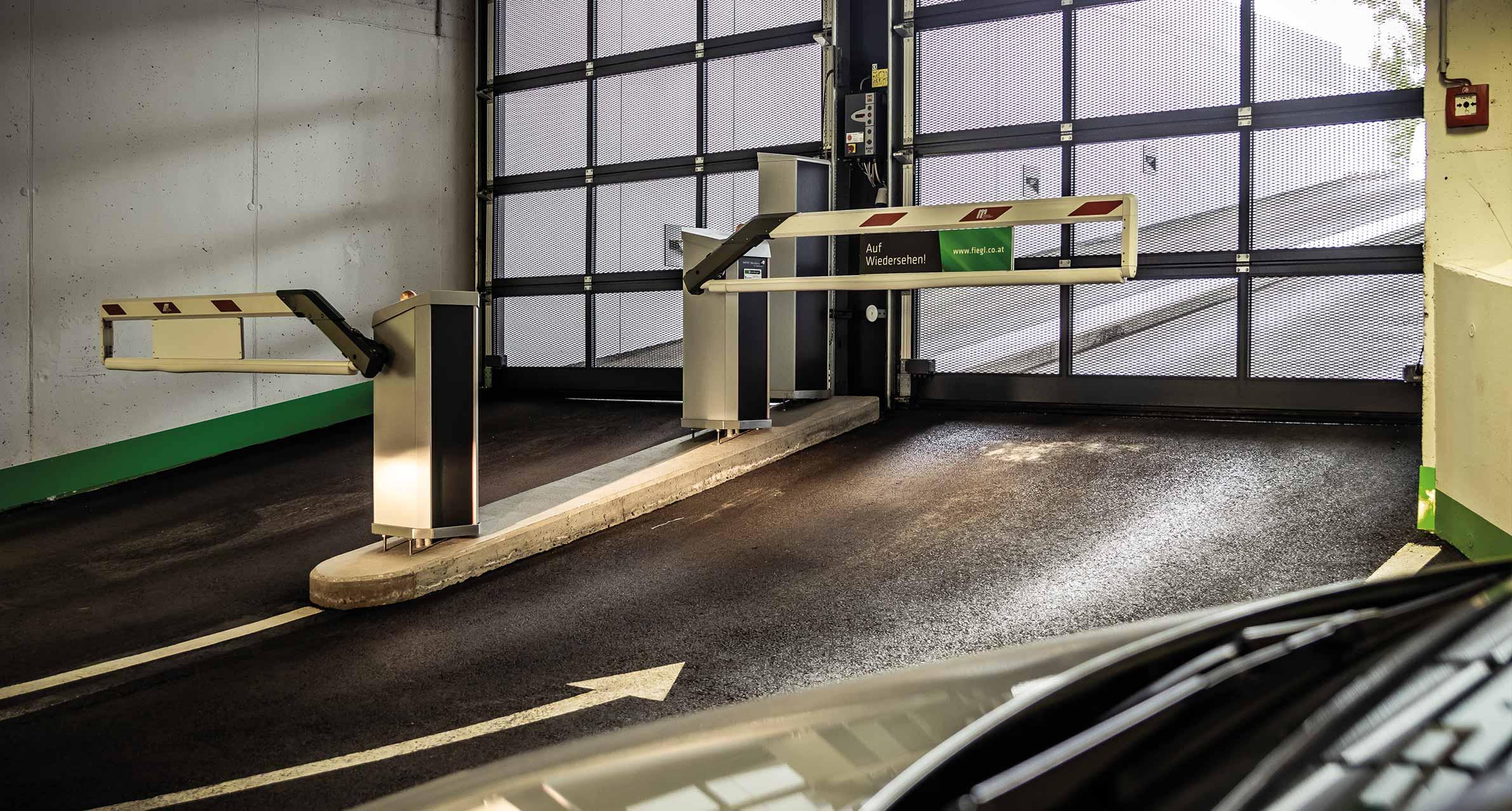 Automatischer Schranken in Tiefgarage